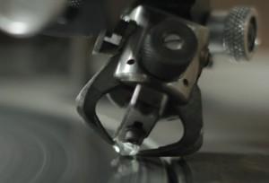 white-diamond-on-the-polishing-wheel_1852.eeb69